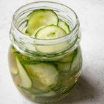 Ingemaakte komkommers met Coconut Aminos (AIP, Paleo, Glutenvrij, Sojavrij, Lactosevrij)