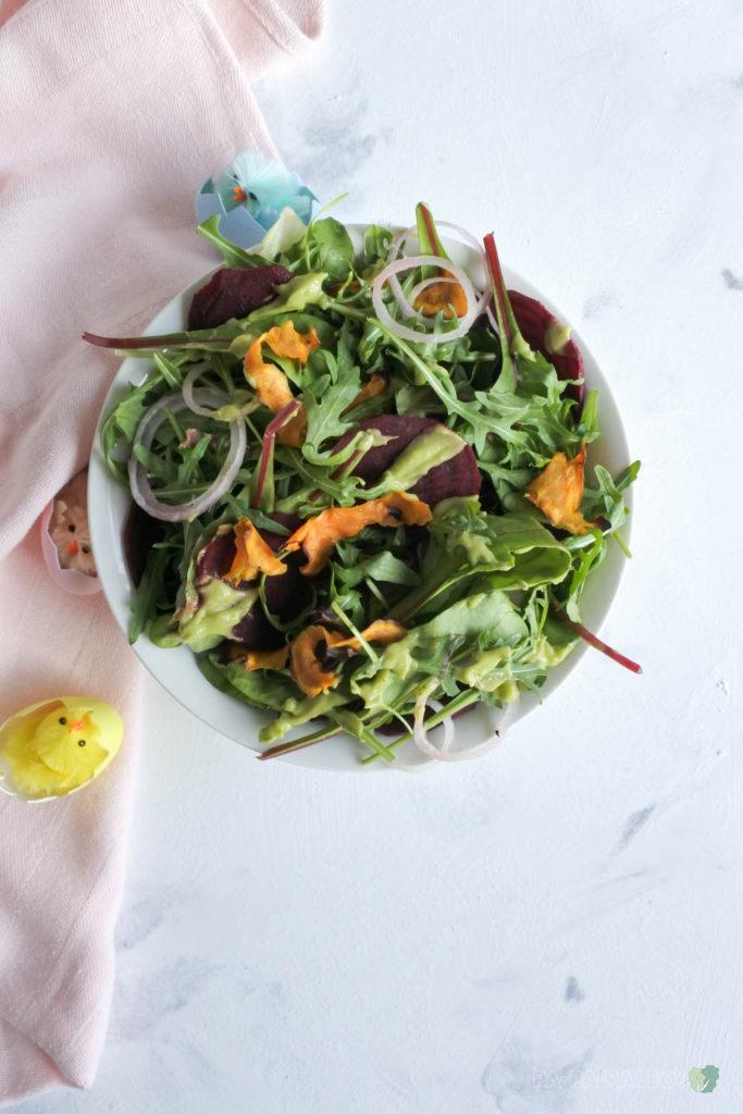 Heerlijke Salade voor bij het Paasontbijt, met Bieten en Zoete Aardappel (AIP, Paleo, Glutenvrij, Lactosevrij)