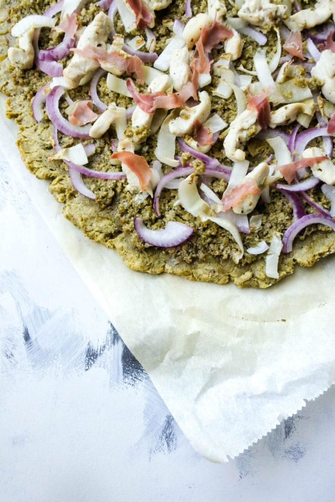 Deze Pizza is echt een aanrader! Bekijk gauw het recept (AIP, Paleo, Glutenvrij, Lactosevrij)