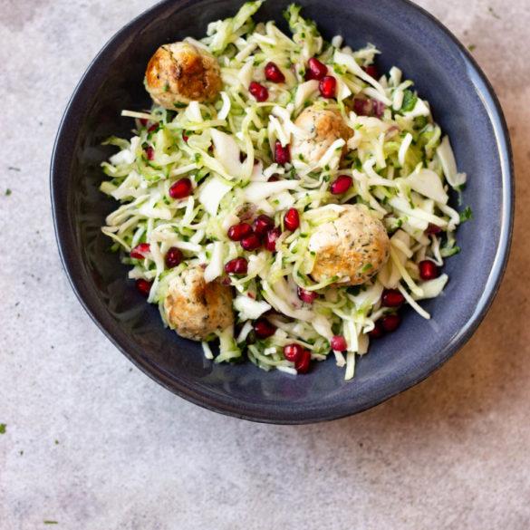 Zomerse Salade met Gehakballejtes (AIP, Paleo, Glutenvrij, Melkvrij)